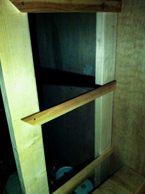 Self-made shelf (8)