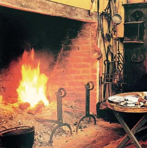 ターシャ・テューダーの暖炉