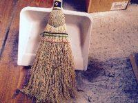 スローライフ的掃除方法 |掃除機とホウキとちりとりと