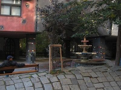 フンデルトヴァッサーの石畳