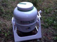 非電化生活の決定版!!節水・ゼロ電の手動式洗濯機がやってきた!